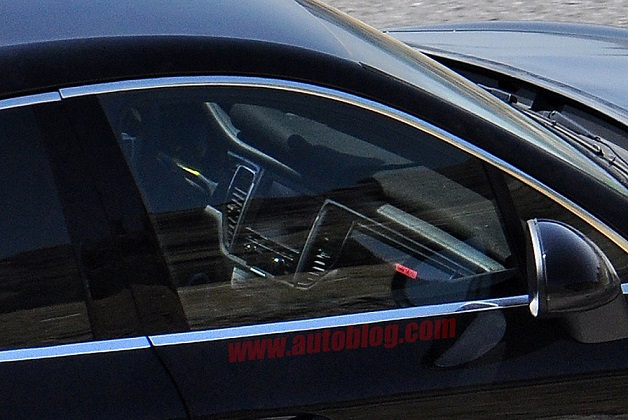 2014-porsche-macan-spy-photos008.jpg